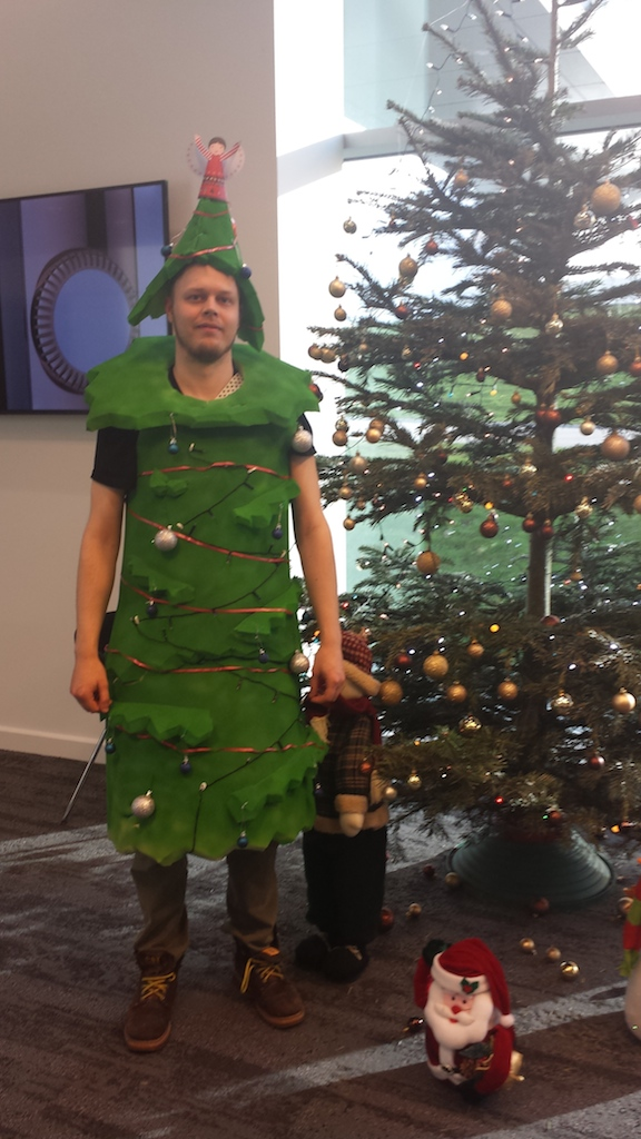 tree-costume